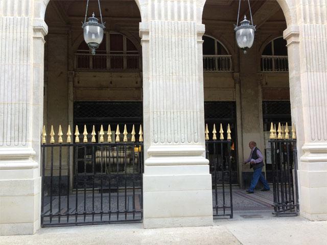 palais-royal arcade
